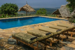 Morona Hill Lodge pool and view Rift Valley